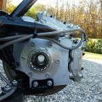 Et sur le moyeu AV, toujours le concept mono-écou de la roue AR d'origine de la 1198…