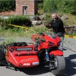 En rallye, tu tournes le dos et hop, ta Ducat, elle devient...