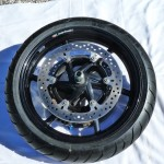 MT1100S Roue AV Marchesini complète avec axe, disques et pneu