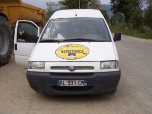 Costaud le Fiat car il était chargé jusqu'à la gueule...